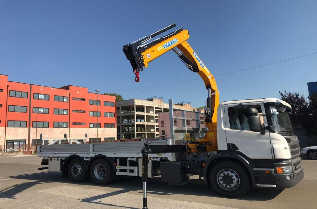 Effer-Crane-130-3