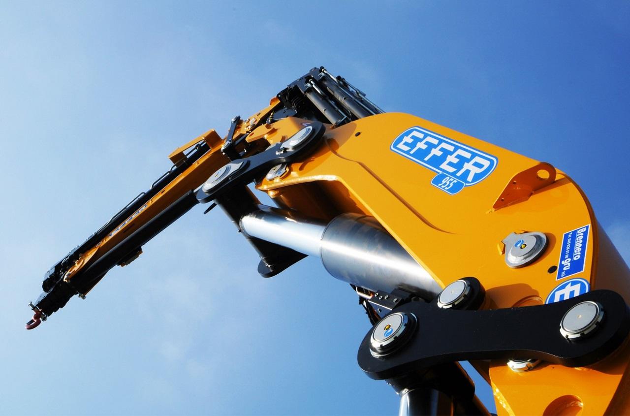 Effer-Crane-955-1