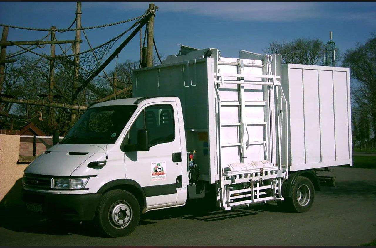 del-tail-lift-wb450-01