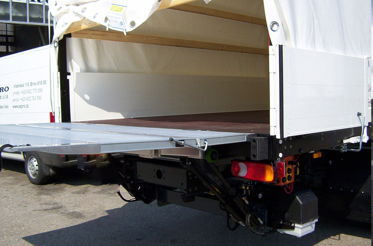 zepro-tail-lift-SZH-100-152-01